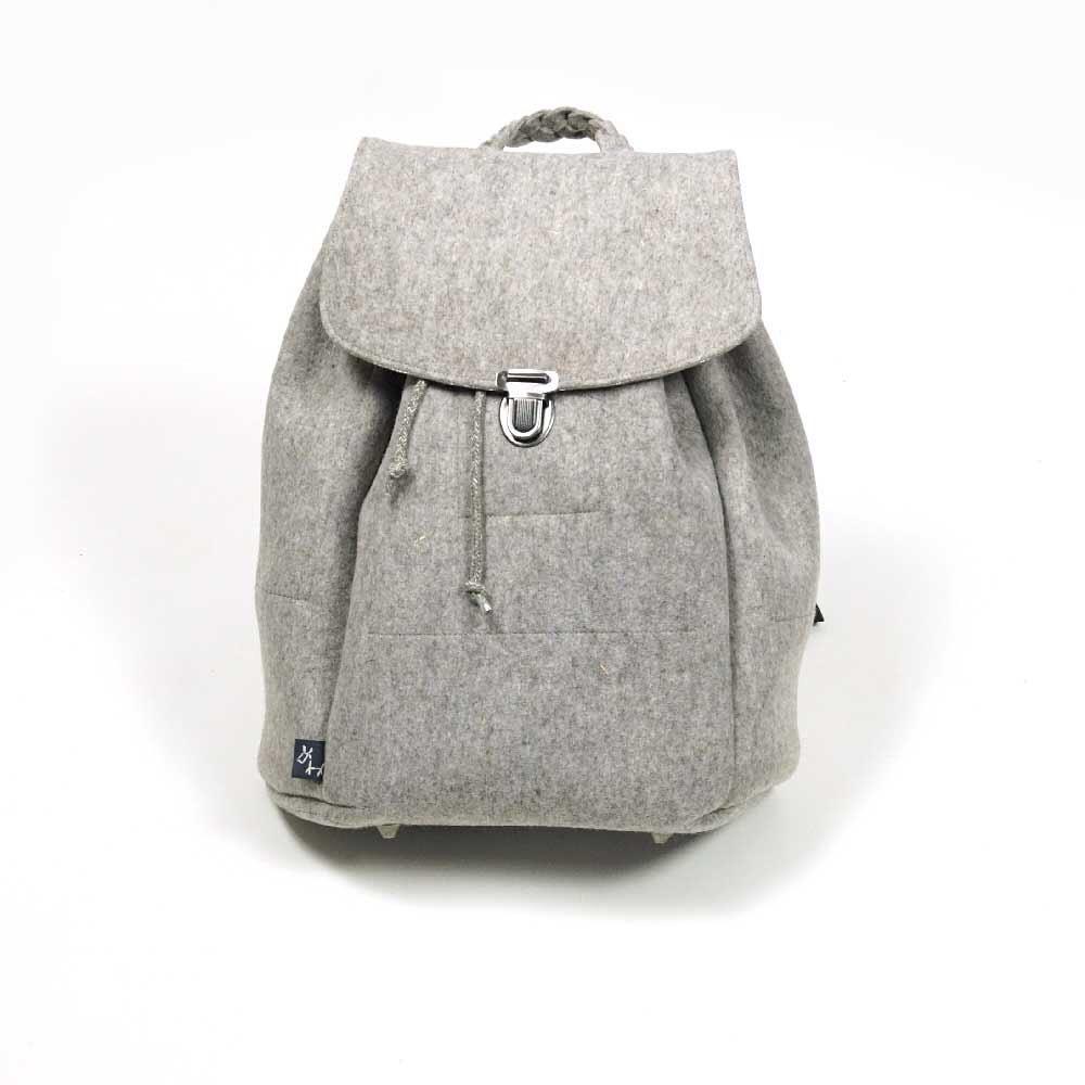 Viel Gepäck - Damenrucksack handgemacht