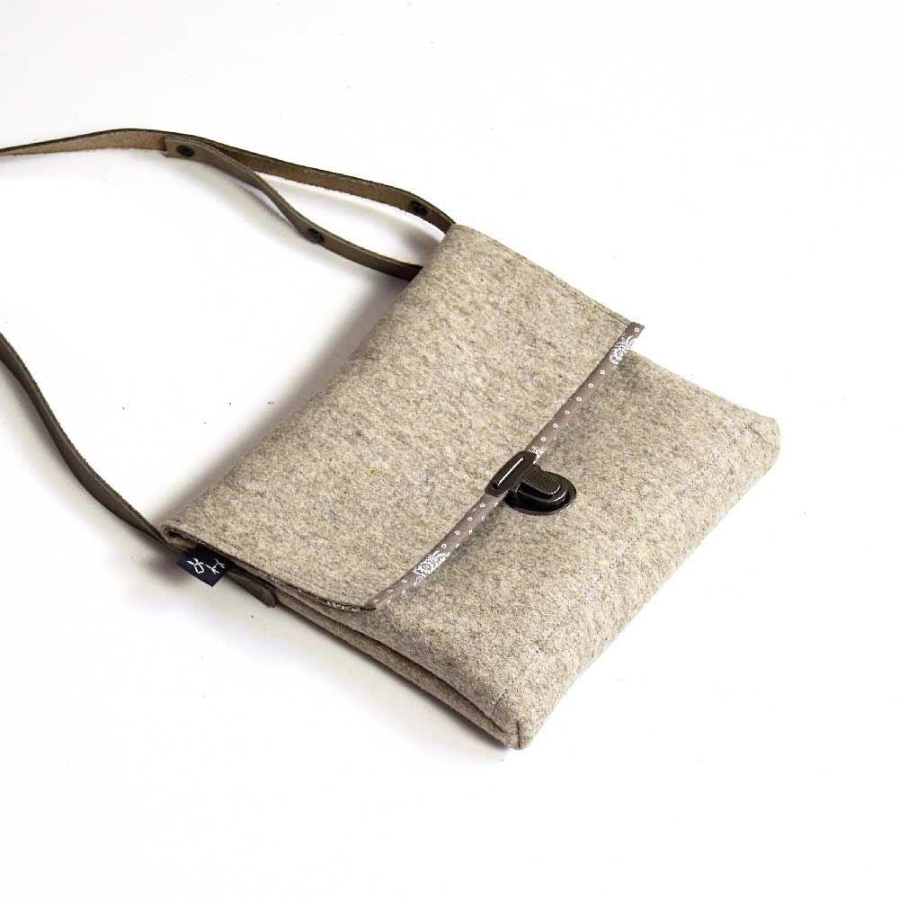 Damen Handtasche in Seitenlage